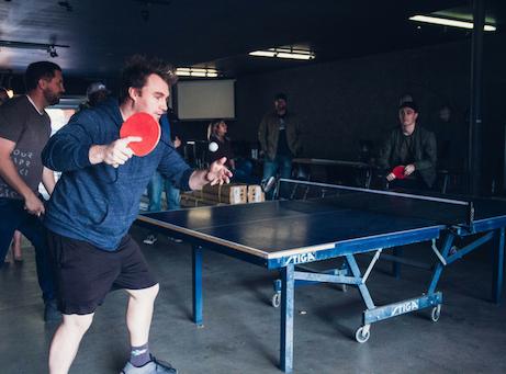 Mingelaktiteter rundpingis ping pong